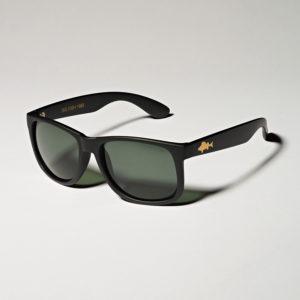 Sonnenbrille mit Barsch